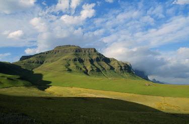 LES1086 Escarpment in the Sehlabethebe National Park.