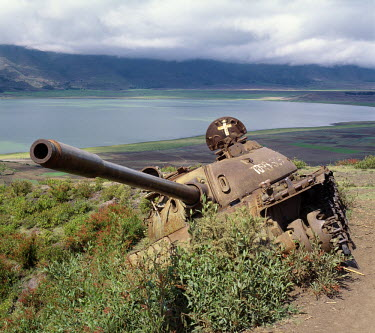 ETH1090 The defeated forces of the former Ethiopian dictator, Mengistu Haile Mariam, left behind this wrecked Russian-made tank near Lake Ashange in northern Ethiopia.Africa's regional and ethnic wars divert...