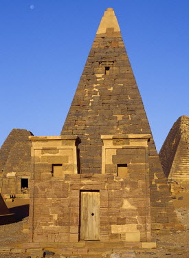 SUD1045 Situated a short distance east of the Nile, the ancient pyramids of Meroe are an important burial ground of thirty kings, eight queens and three princes of the Kingdom of Cush who reigned during the A...