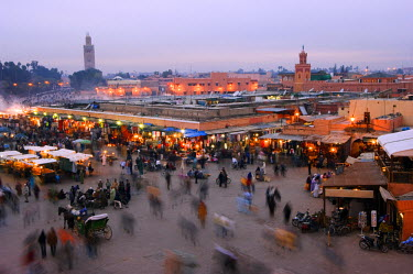 MOR1705 Marrakesh Place Djema El Fna Fruit Stands koutoubia minaret