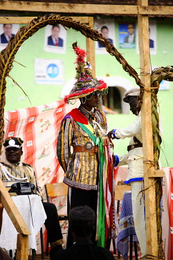 SAO1015 Amateur actors perform a Sao Tomense play called 'Auto de Floripes'. The play is traditionally performed each year in August in the middle of Santa Antionio, on the island of Princip�.  Sao Tom� and P...