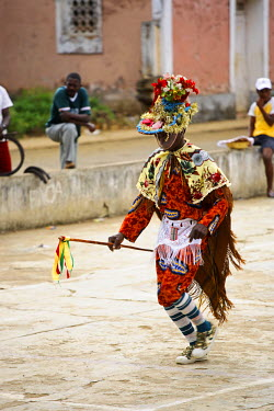 SAO1007 Amateur actors perform a Sao Tomense play called 'Auto de Floripes'. The play is traditionally performed each year in August in the middle of Santa Antionio, on the island of Princip�.  Sao Tom� and P...