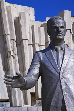 SY1249 A giant statue of Hafez al Assad in downtown Damascus. He ruled Syria with an iron fist for 34 years until being succeeded by his son Bashar after his death in 2000.