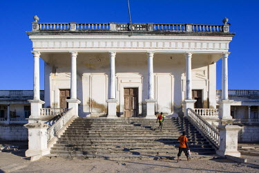 MOZ1218 The hospital is one of the grandest and best preserved colonial buildings on Ilha do Mozambique, the former capital of Portuguese East Africa.