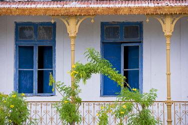 MOZ1153 Crumbling colonial villas on Ibo Island, part of the Quirimbas Archipelago, Mozambique