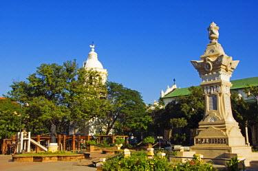 PHI1062 Philippines, Luzon Island, Ilocos Province, Vigan City. City Park monument in memorial to Dr P J Burgos.