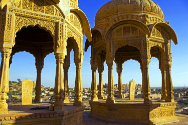 IND5684 India, Rajasthan, Jaisalmer, Bada Bagh (literally Big Garden). Built by a descendant of Jaisal and maharaja of Jaisalamer, Jai Singh II, commissioned a dam to create a water tank during his reign in t...