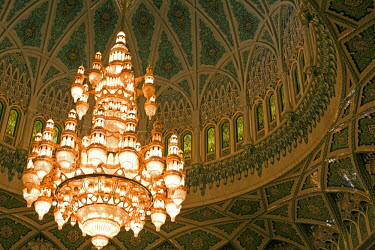 OMA2175 Oman, Muscat, Ghala, Al Ghubrah (Grand Mosque) Mosque. A chandelier in the Main Hall. The mosque is magnificent example of modern islamic architecture was built for the nation by Sultan Qaboos to mark...