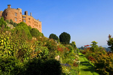 WAL6892 Wales; Powys; Welshpool. View along the flower filled borders of the Lower Terrace in the spectacular garden at  Powis Castle