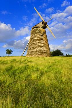 AB01020 Caribbean, Antigua, Bettys Hope Historic Sugar Plantation, windmill