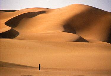 AG01001 Sahara Desert, Algeria