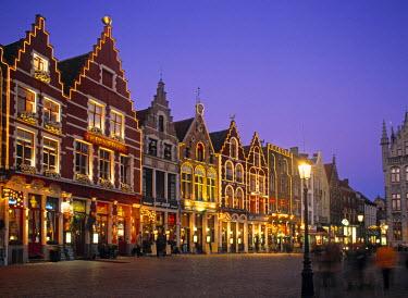 BE02008 The Markt, Bruges, Belgium