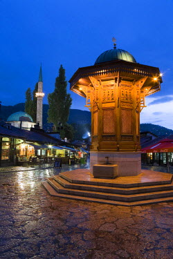 BH01015 Sebilj (Moorish-style fountain), Bascarsija district, Sarajevo, Bosnia and Herzegovina
