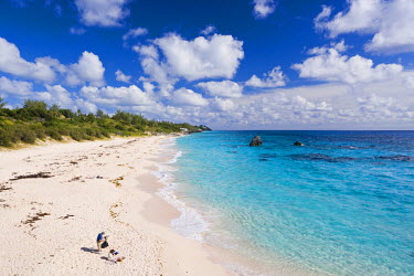 BU01010 Bermuda, Southampton Parish, South Coast Beaches, Chaplin Bay