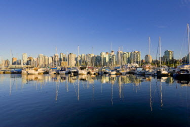 CA01090 Downtown Vancouver Skyline and Coal Harbour, Vancouver, British Columbia, Canada