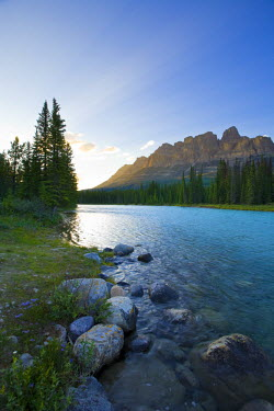 CA08158 Castle Mountain and Bow River, Banff National Park, Alberta, Canada