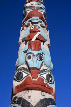 CA08208 Traditional Totem Pole, Jasper Town, Jasper National Park, Alberta, Canada