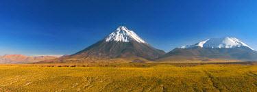 CL02056 Volcano Licancabur, Los Flamencos National Reserve, Antofagasta Region, Northern Chile