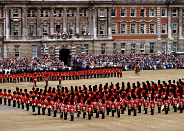 UK01283 Queens Birthday Parade, London, England