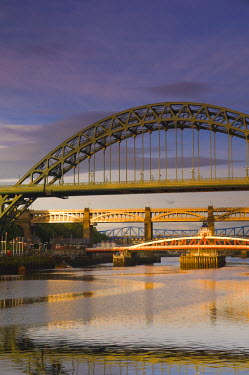 UK, England, Tyne and Wear, Newcastle and Gateshead, The Tyne and Swing Bridges over the River Tyne.