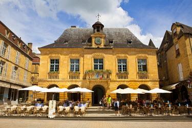 FR05237 Hotel de Ville, Place de la Liberte, Sarlat, Dordogne, France