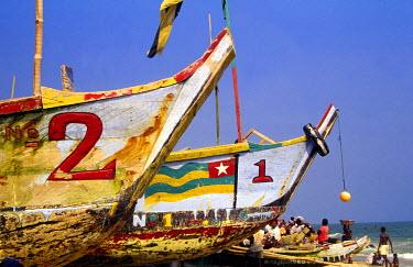 GH003BEW Fishing Boats, Guinea Bay, Anomabu, Ghana