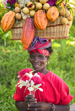 GN01010 Portrait of woman, Grenada, Caribbean