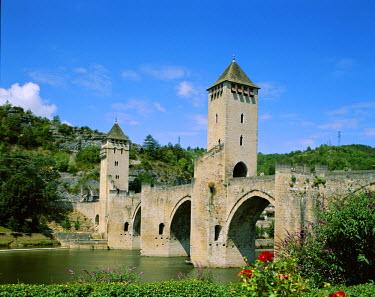 TPX4129 Pont Valentre & Lot River, Cahors, Lot Region, France