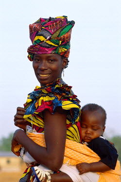 TPX5360 African Woman Carrying Baby on Back, Banjul, Gambia
