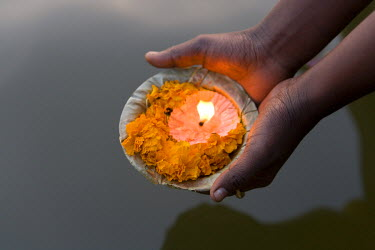 IN04125 River Ganges, Kumbh Mela Festival, Allahabad, Uttar Pradesh, India