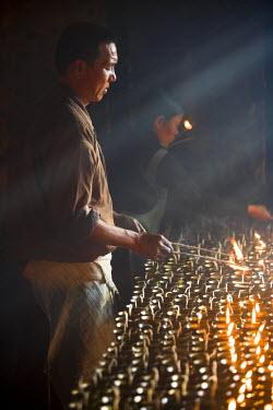 IN04135 Bodh Gaya temple, nr Gaya, Bihar, India