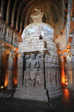 IN06152 Cave 26, chaitya (Buddhist temple), UNESCO World Heritage site, Ajanta, Maharashtra, India