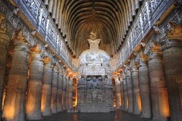 IN06154 Cave 26, chaitya (Buddhist temple), UNESCO World Heritage site, Ajanta, Maharashtra, India
