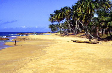 IV002BEW Beach, Sassandra, Ivory Coast