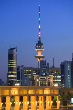 KW01045 Kuwait, Kuwait City & Sharq Souk Marina