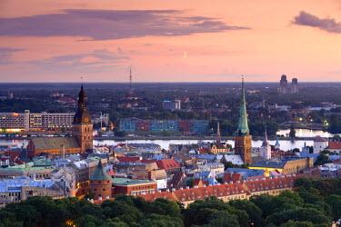 LV01039 City Skyline, Riga, Latvia