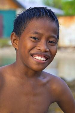MH01032 Local Children, Jabor Village, Jaluit Atoll, Marshall Islands