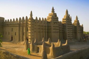 ML01012 Djenne Mosque, Djenne, Niger Inland Delta, Mopti region, Mali