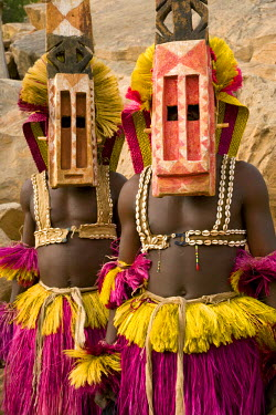 ML01020 Masked Ceremonial Dogon Dancers, Sangha, Dogon Country, Mali