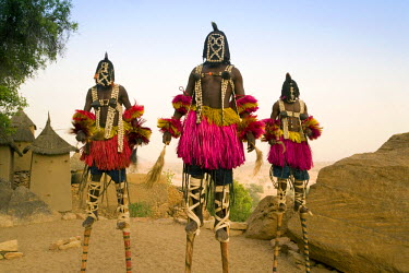 ML01023 Masked Ceremonial Dogon Dancers, Sangha, Dogon Country, Mali