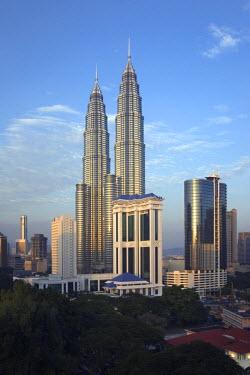 MY01035 Petronas Twin Towers, Kuala Lumpur, Malaysia