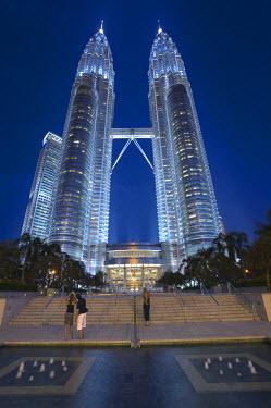 MY01037 Petronas Twin Towers, Kuala Lumpur, Malaysia