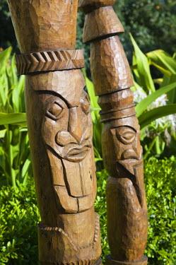 NC01062 New Caledonia, Grande Terre Island, Noumea, Le Meridien Hotel / Anse Vata resort area, Totem Poles