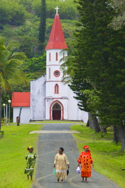 NC01070 New Caledonia, Northern Grande Terre Island, POINDIMIE, Tie Mission church with churchgoers