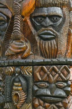 NC01100 New Caledonia, Grande Terre Island, Noumea, Polynesian Carving detail on the MWA KA totem Pole
