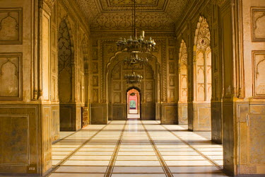 PK02025 Badshahi Mosque, Lahore, Pakistan