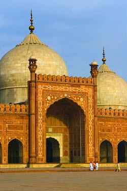 PK02027 Badshahi Mosque, Lahore, Pakistan