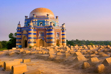 PK02034 15th century Mausoleum of Bibi Jawindi, Uch Sharif, Pakistan