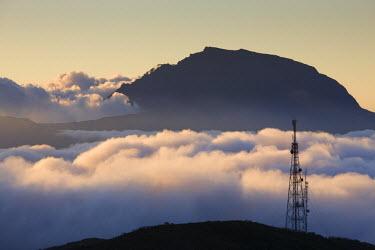 RE01057 Reunion Island, Bourg Murat, Plaine-des-Cafres, landscape towards the Piton des Neiges