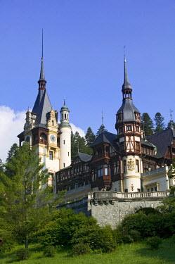 RM01089 Peles Castle, Sinaia, Transylvania, Romania
